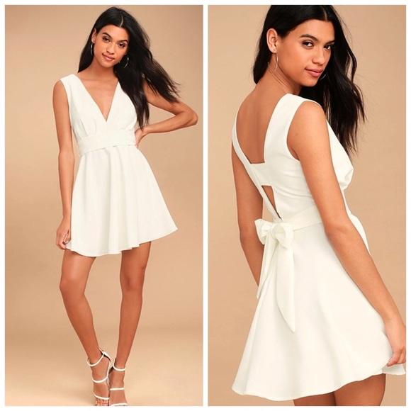 68a397685650 HP ✨ Lulu s Absolutely Spectacular skater dress